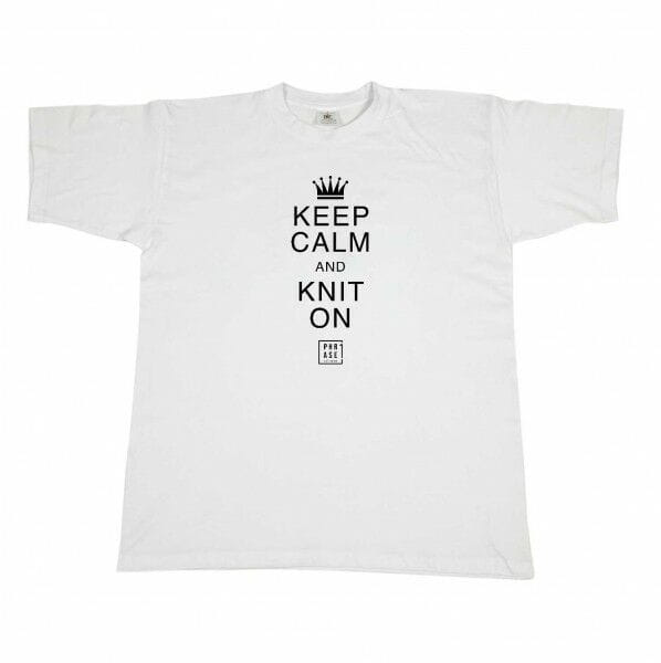 Keep calm and knit on | T-Shirt