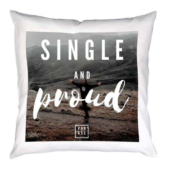 Single and proud⠀ | Kissen mit Füllung